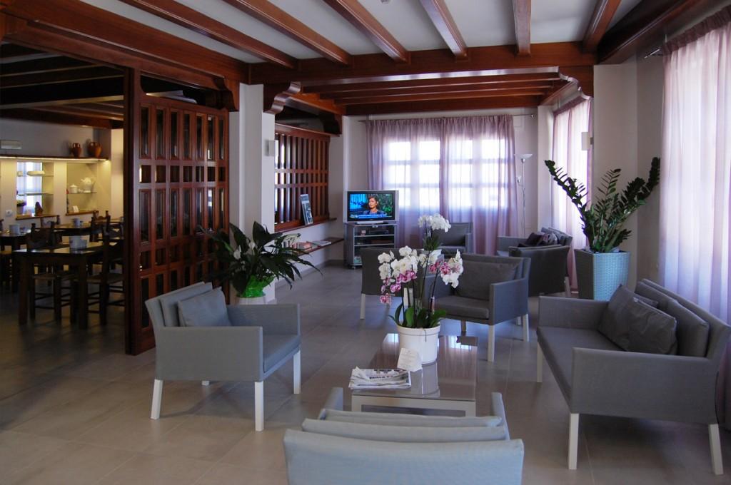 hotel-nettuno-cala-gonone_fotogallery-hall-1