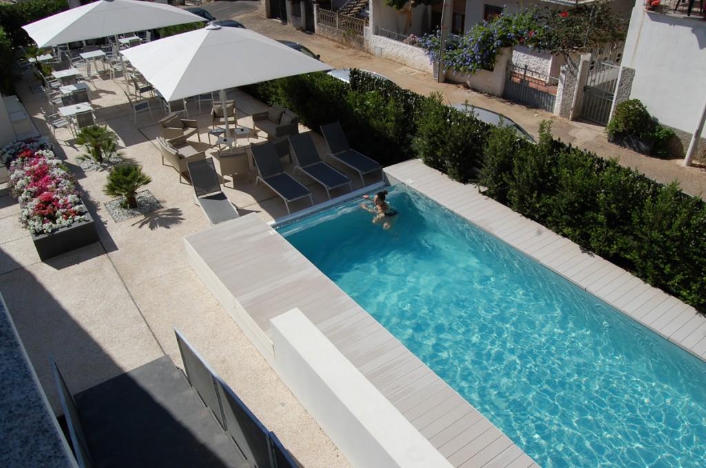 hotel-nettuno-cala-gonone_fotogallery-piscina-1