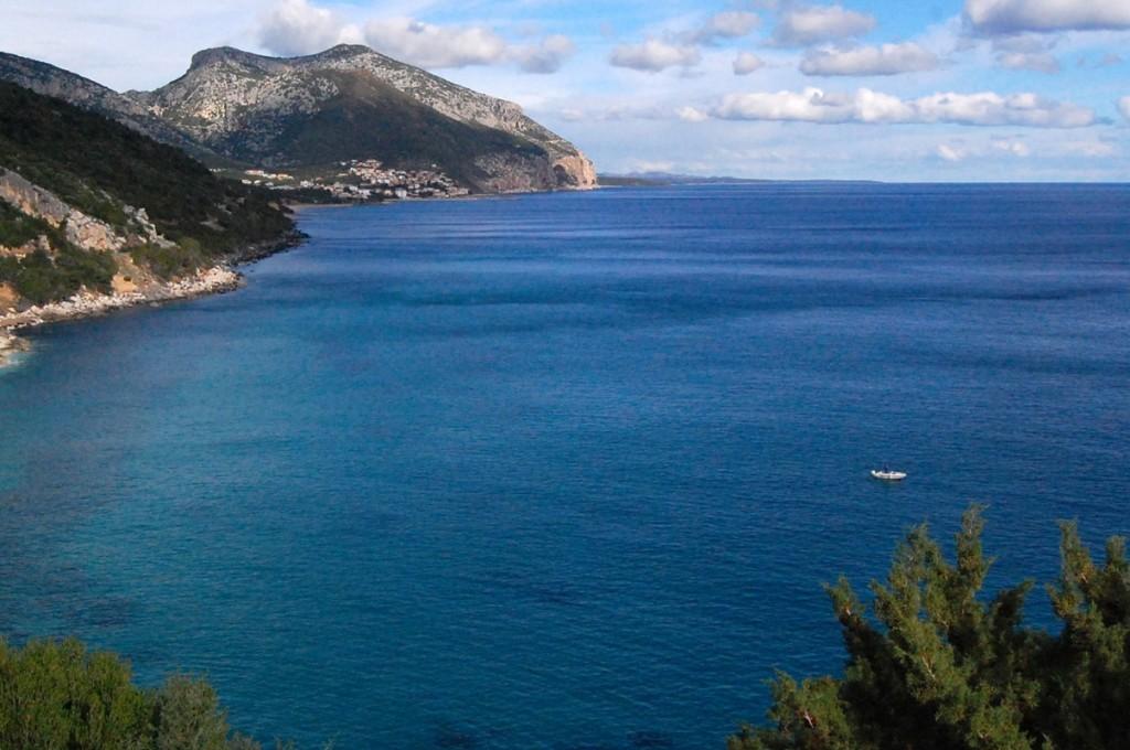 hotel-nettuno-cala-gonone_slider-ambiente-natura-costa-1